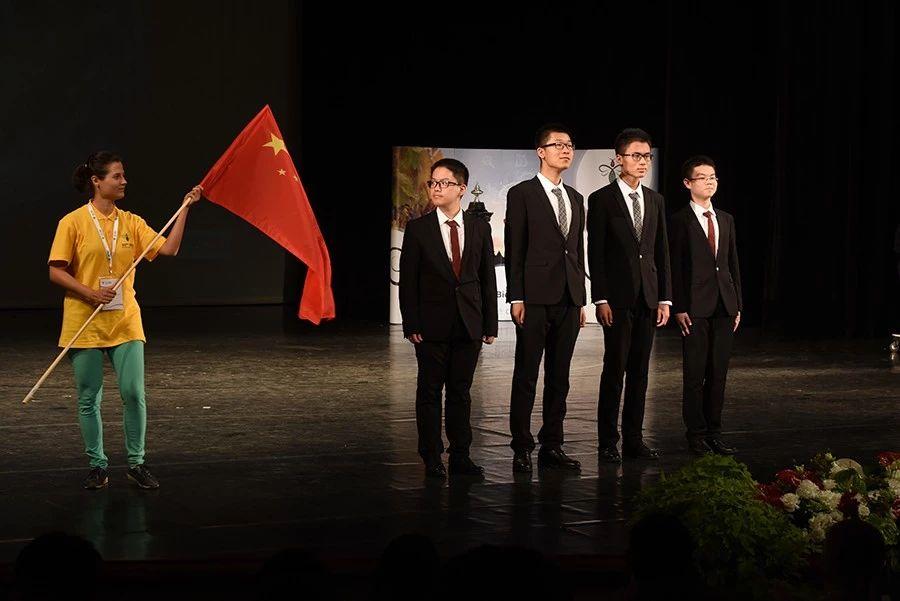 第30届国际生物奥林匹克竞赛(IBO)中国队合影